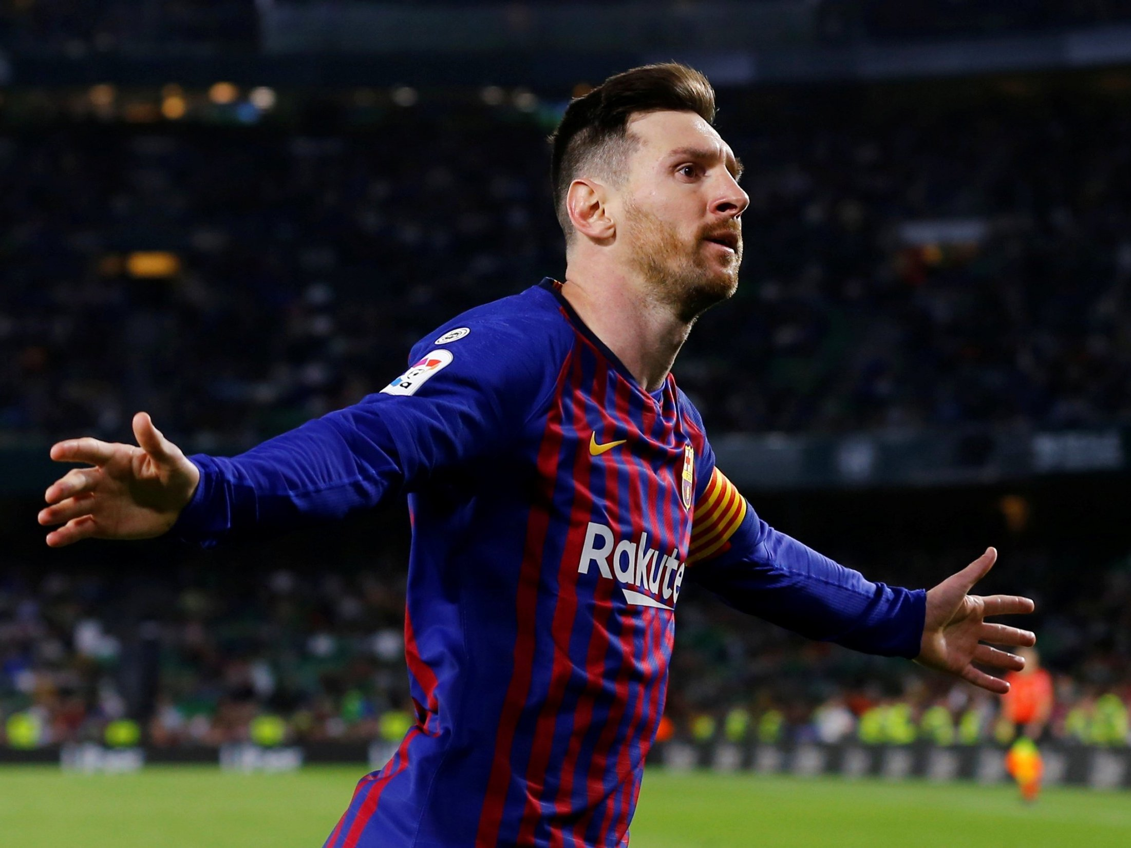 This image has an empty alt attribute; its file name is lionel-messi.jpg
