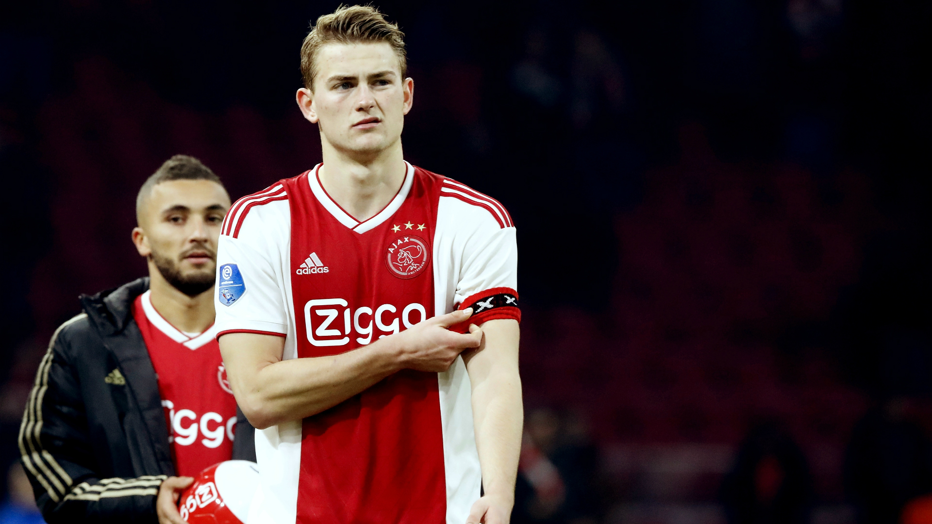 This image has an empty alt attribute; its file name is matthijs-de-ligt-ajax-03132019_17i5h0zmtvyy9zkbstnxis914-1.jpg
